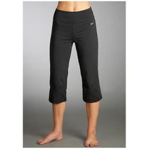 Nike crop yoga pants